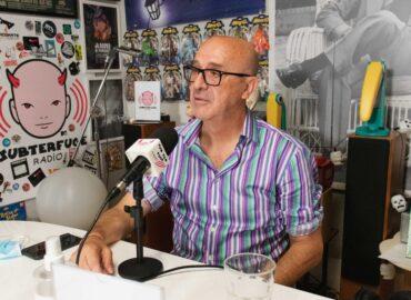 Más de 40 años en la radio de la mano de Paco Pérez Bryan en la nueva entrega de Simpatía por la industria musical