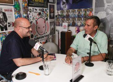 La absurda mala conciencia por hacer canciones comerciales: Javier Adrados en Truco o trato con Víctor Lenore